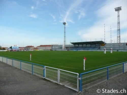 Les stades de rugby, villes de A à D. Angouleme-53_500x375