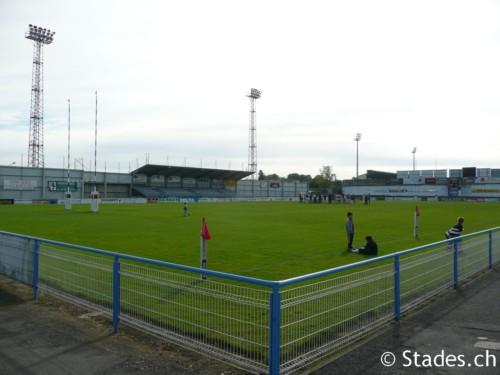Les stades de rugby, villes de A à D. Angouleme-58_500x375