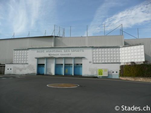Les stades de rugby, villes de A à D. Angouleme-59_500x375