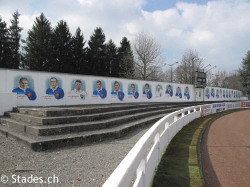 Les stades de rugby, villes de D à P - Page 2 Lourdes-29_500x375